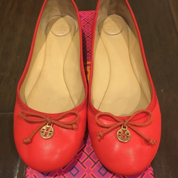 0c4cf5995 Authentic Tory Burch ballet flats in Coral color. M 5a4edc6a31a376ad6d003bf5